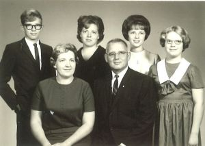 The John and Myrtle Lutterbein Family
